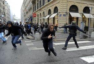 philo leg def chaos social