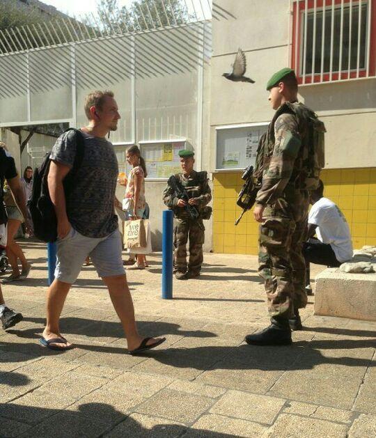 PHILOTHÉRAPIE : Article n°50 : Terrorisme et sécurité : philosophons !